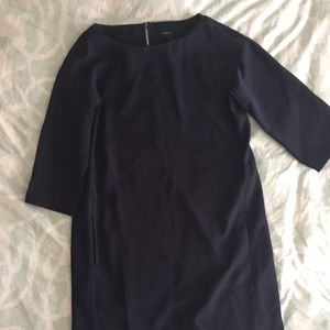 Ann Taylor long sleeve shift dress with pockets